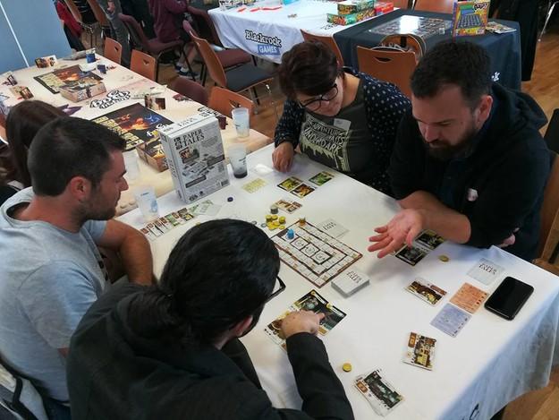 Le tournoi de Paper Tales à côté de chez toi... enfin peut être