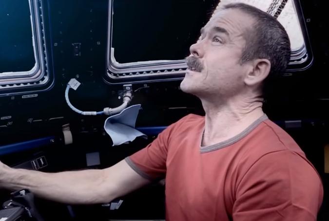 Spielen im Weltraum: Mit Widerhaken