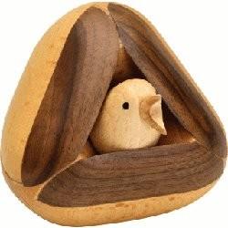 L'oiseau dans le nid